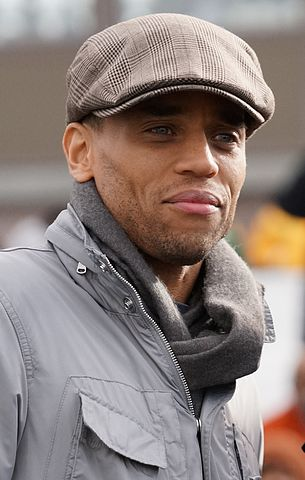305px-Michael_Ealy_2012_(cropped)