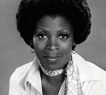 Today's Afro Birthdays ! Actress, Roxie Roker !  Runner, Regina Jacobs !  NBA player, Jeff Green !
