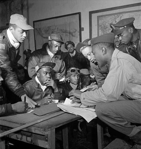 456px-Tuskegee_airmen_2 copy 3