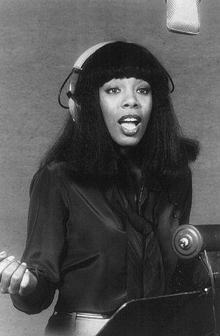 315px-Donna_Summer_1977-2