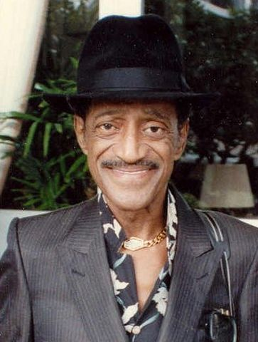 363px-Sammy_Davis_Jr_1989_(cropped)