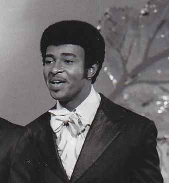 Dennis_Edwards_with_the_Temptations_in_1968