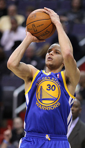 277px-Stephen_Curry_shooting