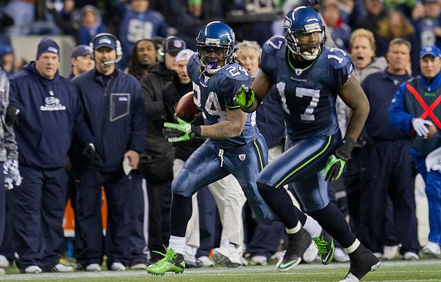 640px-Marshawn_Lynch_and_Mike_Williams